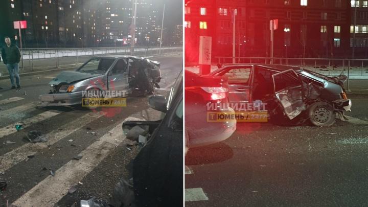 Четыре машины столкнулись на Фёдорова в Тюмени