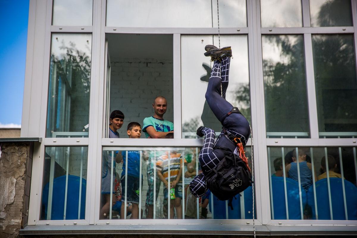 По словам альпинистов, они и сами хотели оказаться в роли супергероев