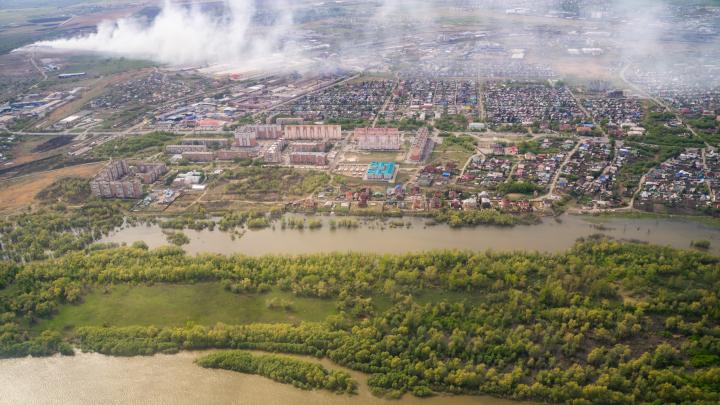 Пожар на Кировской свалке затих после того, как мусор засыпали землёй