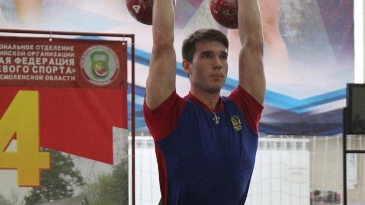 Зауральский гиревик Иван Самочернов завоевал золото чемпионата Европы