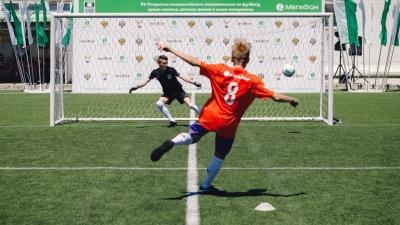 «Будущее зависит от тебя»: мальчишки из детских домов встретятся с тренерами «Барселоны»