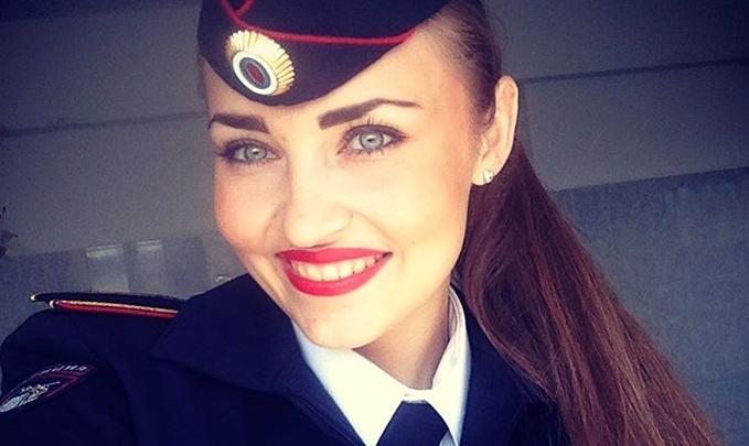 Селфи по уставу: подборка лучших снимков новосибирских полицейских в Instagram