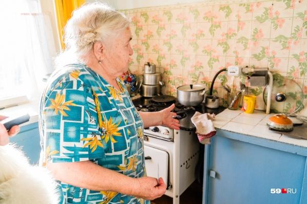 Пенсионерка рассказывает, как к ней приходили газовщики-нелегалы