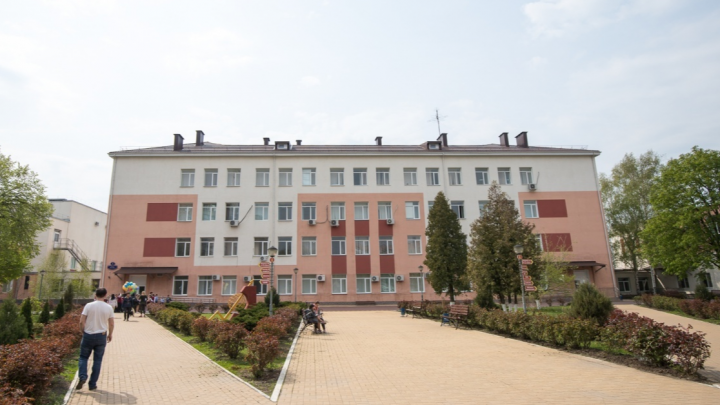 В 40 школах Ростовской области учителя завышали оценки ученикам