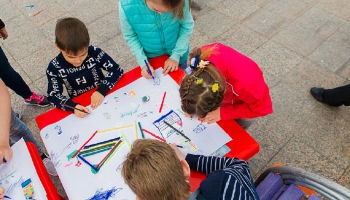 В тюменской школе рассказали, почему второклассников попросили нарисовать экстремизм