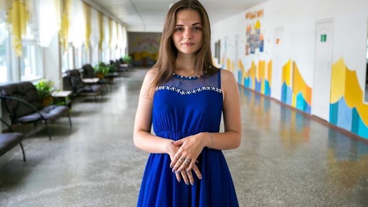 Выбираем самое красивое платье выпускницы из Красноярска