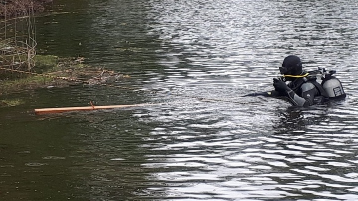 Уфимские спасатели очистили озеро Глубокое