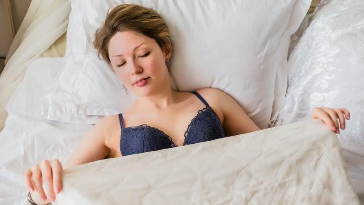 «Можно я сама решу, что делать со своей грудью?»: как на женщин давят общество и близкие
