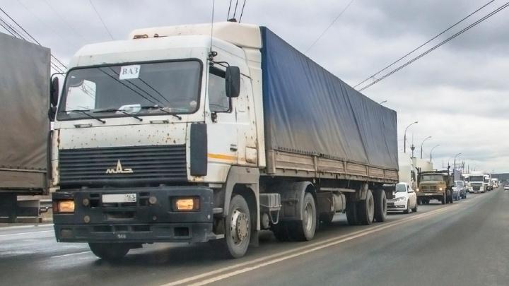 В Самарской области на дорогах хотят установить «весы» для фур