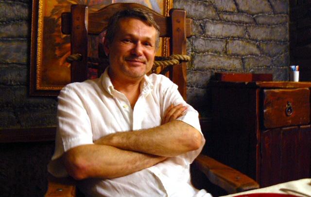 Новосибирское кафе отсудило 130 тысяч за претензии выдуманного музыканта «Падам Падам»