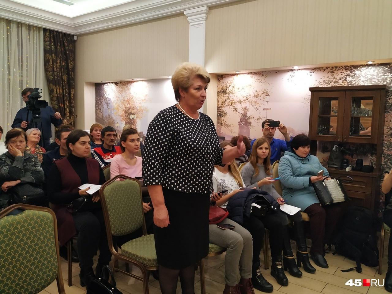 Замгубернатора по социальной политике Татьяна Меньщикова оказалась одна против всех