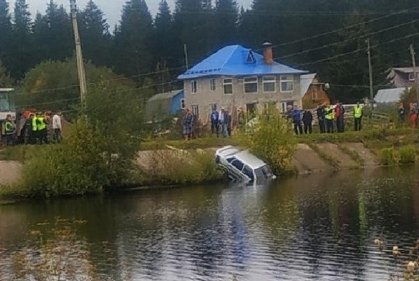Машина улетела в реку. В Краснокамске утонула молодая пара