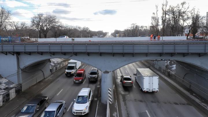 Из-за ремонта путепровода на Нансена в Ростове изменят схему движения на ряде улиц