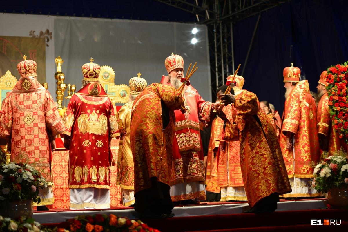 Божественная литургия начнется в 23:30 на площади у Храма на Крови
