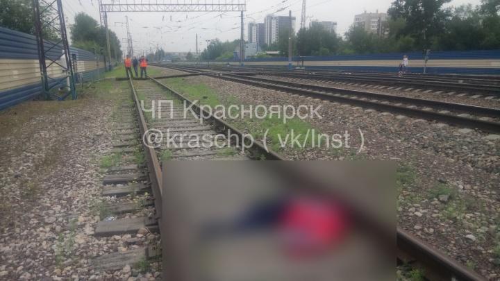 Выпивший мужчина погиб под поездом около станции «Енисей»