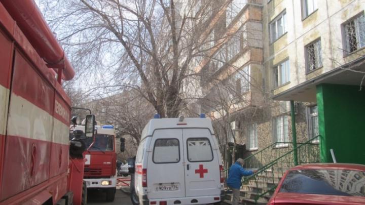 Эвакуировали больше 60 человек: в Челябинске за день на пожарах пострадали шесть человек, один погиб