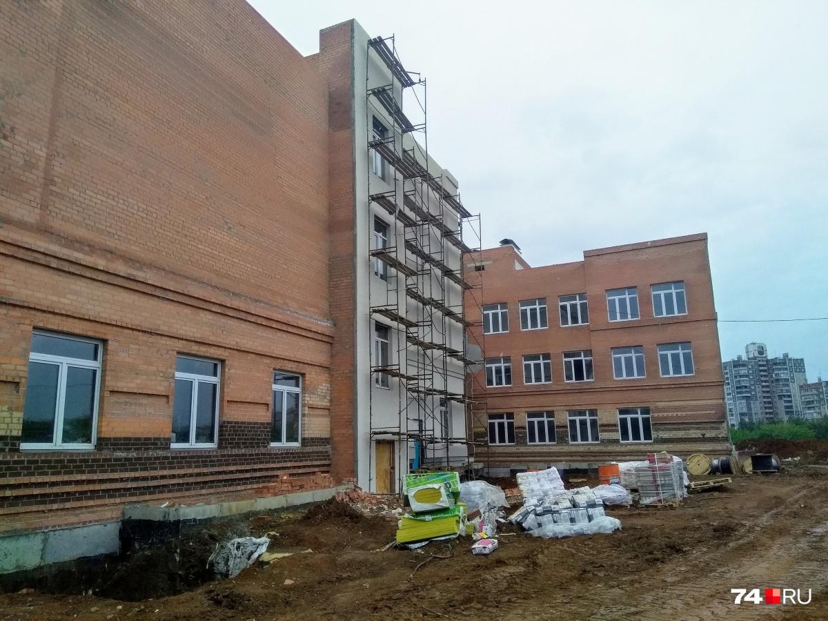 Новую школу планируют открыть в начале учебного года