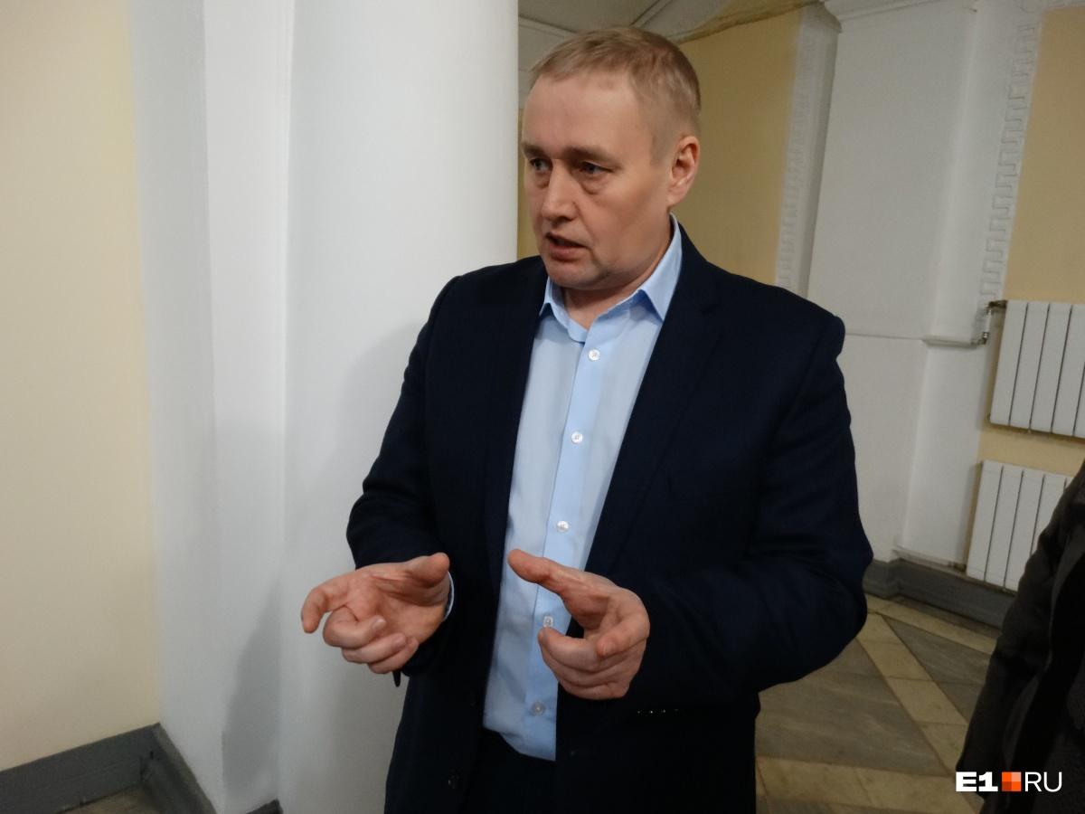 Депутат Андрей Альшевских считает, что резонанс вокруг отмены маршруток № 024 должен стать уроком для чиновников
