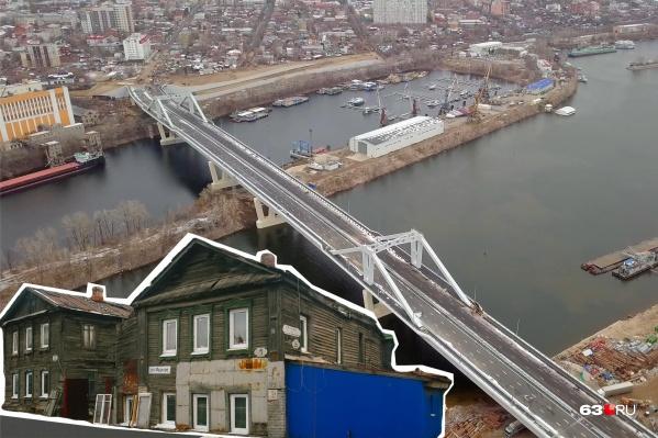 Соседство с железным гигантом не всем жильцам домов по душе