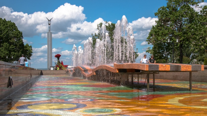 Еще 30 миллионов рублей: фонтан на Самарской площади опять будут ремонтировать
