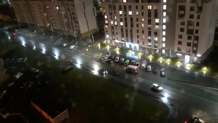 От удара отлетели на несколько метров: на улице Ростовцева таксист сбил двух пешеходов