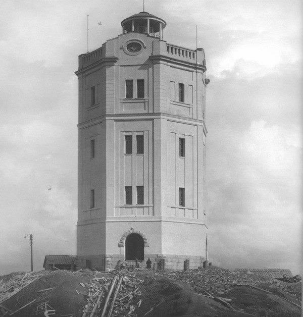 Когда-то башня выглядела так