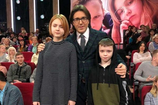Недавно в эфир вышло шоу Малахова, где школьница рассказала о своей беременности от 10-летнего друга