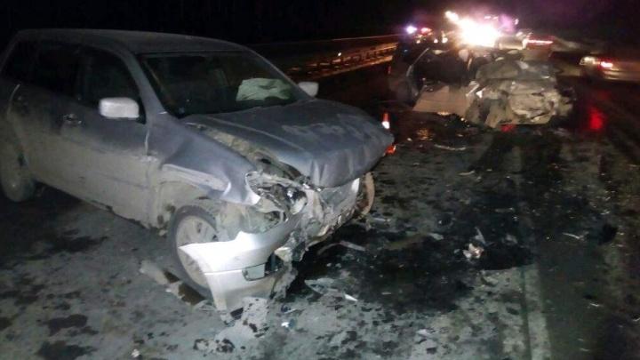 Зацепил ограждение и вылетел на встречку: водитель Mitsubishi рассказал, как устроил жуткое ДТП на ЕКАД