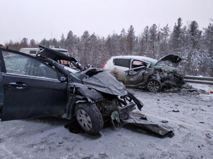 Машины столкнулись на границе Свердловской области и ХМАО