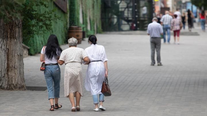 «В любом возрасте хватает неадекватов»: что читатели 161.RU думают о праве пожилых на хамство