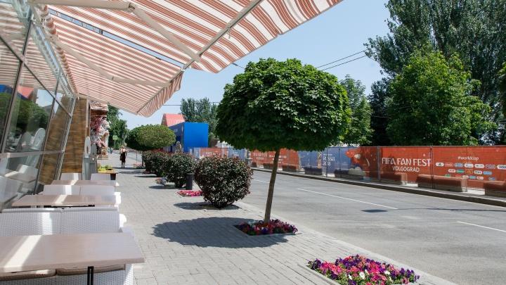 Волгоград встретил первый день после чемпионата пустынными улицами
