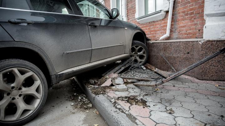 Гадкое поведение: 9 привычек новосибирских водителей, которые всех бесят