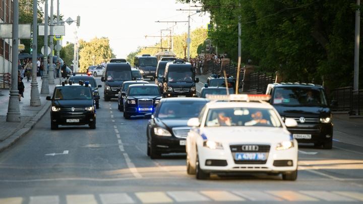 В Екатеринбурге задержали мужчин, «заминировавших» дорогу на пути кортежа Путина