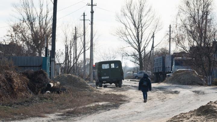 «Это врачебная тайна»: восьмиклассник с топором и канистрой до сих пор лечится в Волгограде