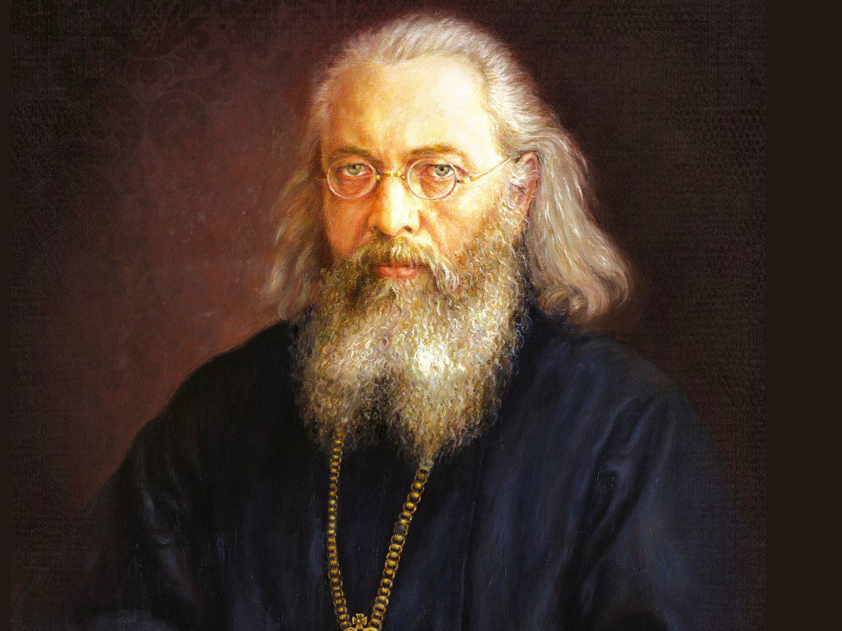 Лука был священником и врачом, за книгу «Очерки гнойной хирургии» его наградили Сталинской премией