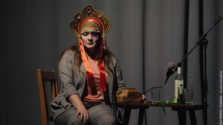 «Театр начался после спектакля»: архангелогородец — о реакции публики на новое прочтение Абрамова