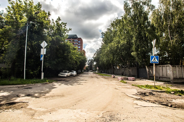 Поток машин с новой дороги вольётся в поток на ул. Тополёвой, поэтому пробки избежать не удастся