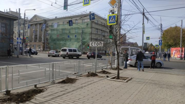 По Красноярску заменят ограждения и поставят новые за 20 млн рублей