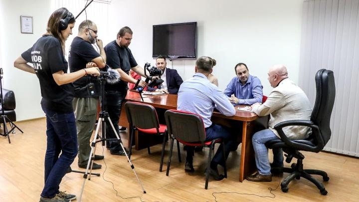 «Мы не платим актерам, всё добровольно»: смотрим репортаж со съёмок нижегородского фильма
