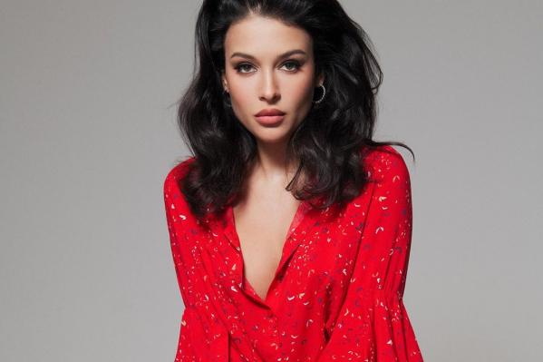 София Никитчук выигрывала конкурсы «Мисс Екатеринбург» и «Мисс Россия», она первая вице-мисс мира