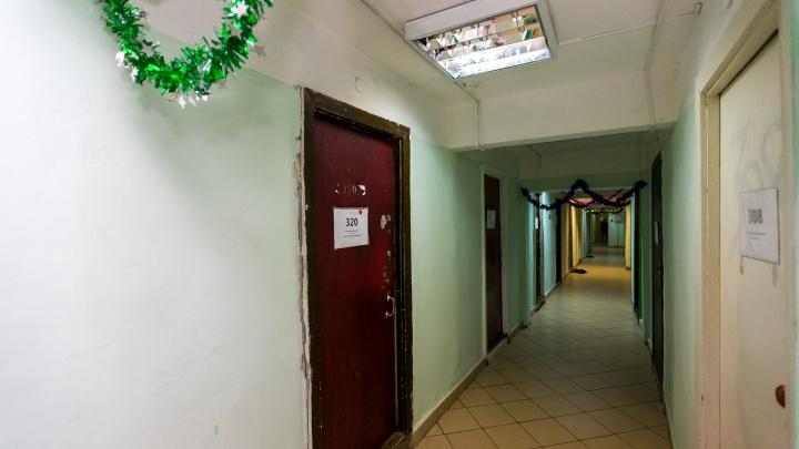 В Октябрьском районе устроили рейд по общежитиям и нашли 18 нелегальных мигрантов