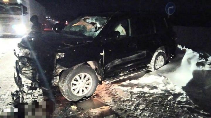В аварии с Land Cruiser в Башкирии пострадали два человека