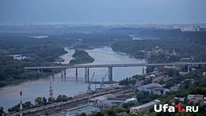 Уфимец пытался спрыгнуть с Затонского моста