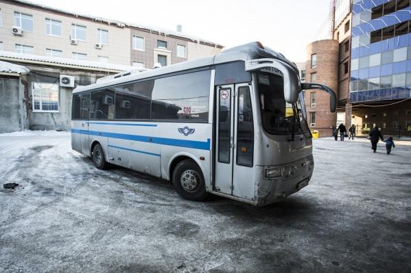 В морозные дни отменяют десятки междугородних маршрутов
