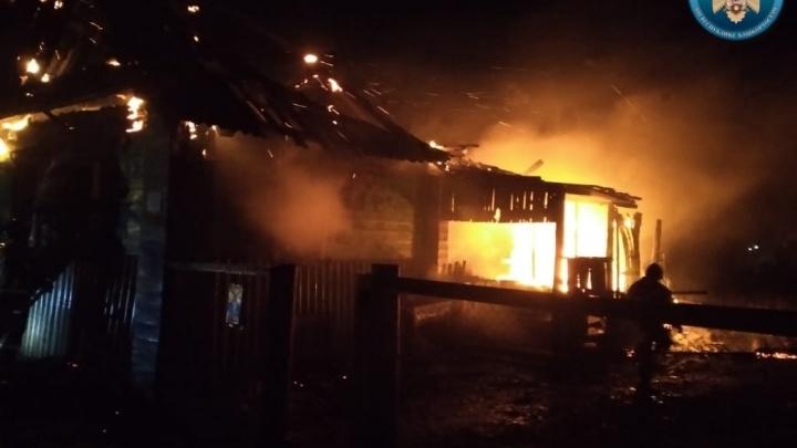 Следком проверит пожар в Башкирии, где погибли мать и двое детей