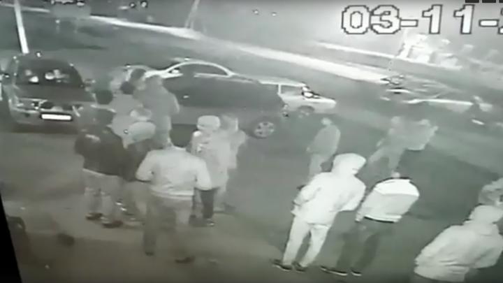 В Башкирии легковушка въехала в толпу людей