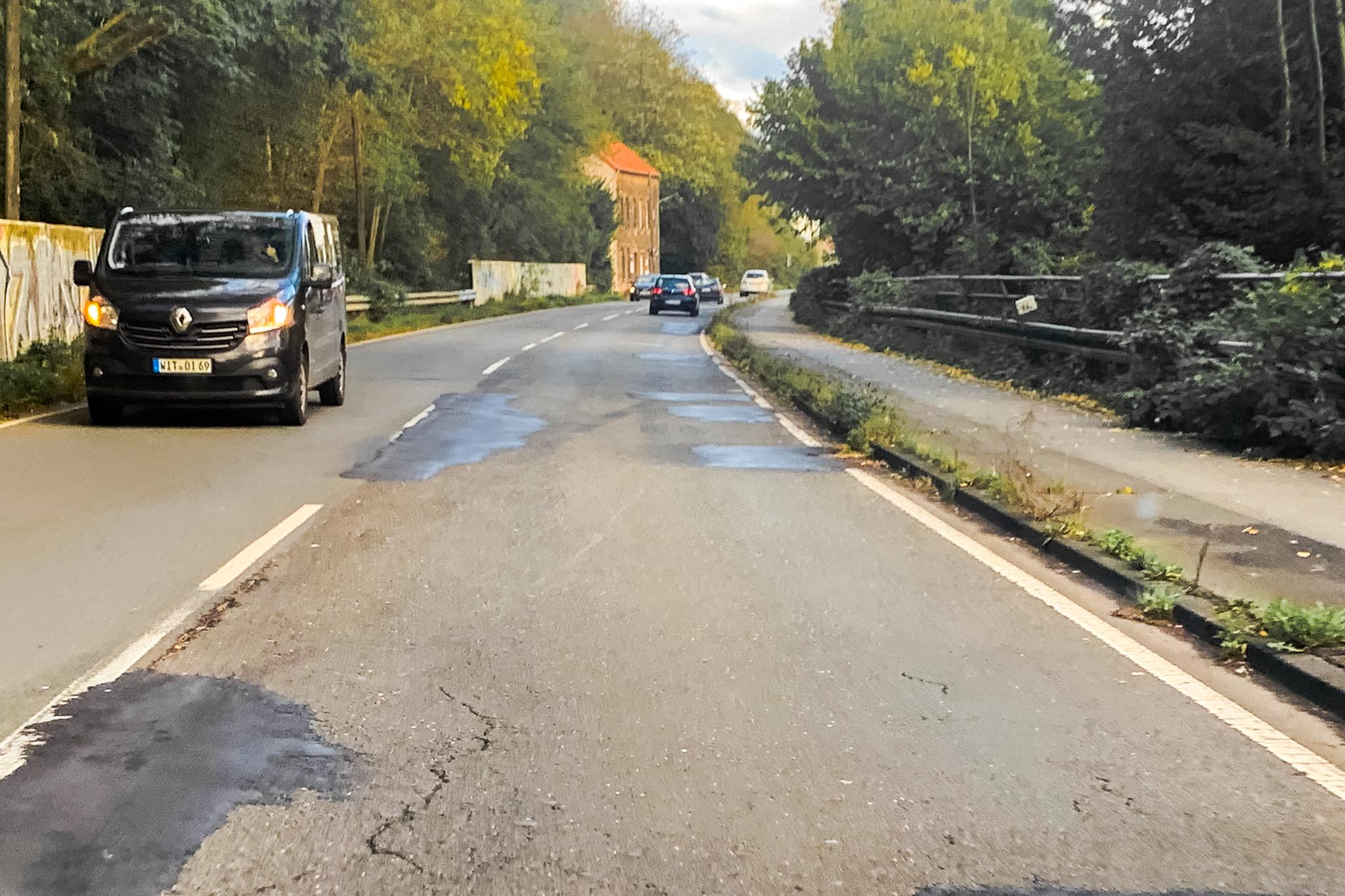 Убитая дорога в Германии, городWitten