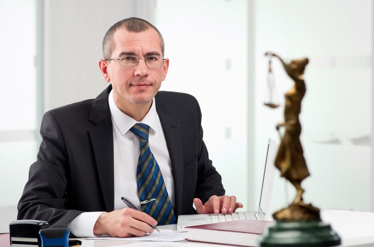 Личный адвокат как норма жизни