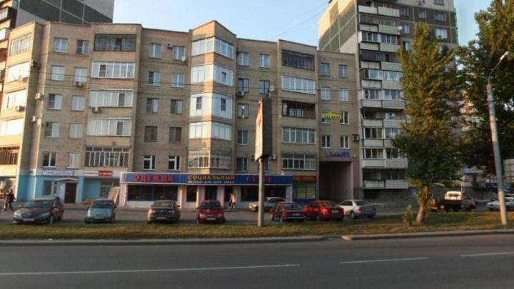 Жителям челябинского дома выставили счёт за несуществующие лифт и мусоропровод
