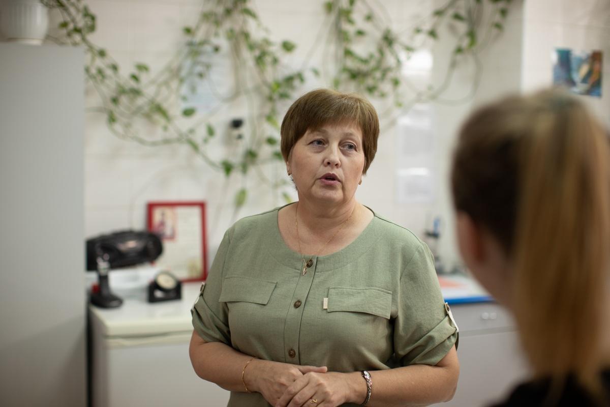 Нина Губина руководит химической лабораторией аквапарка